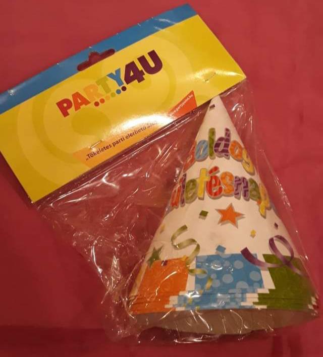 Boldog születésnapot papírcsákó (csillagos, konfettis), 15 cm, 6 db