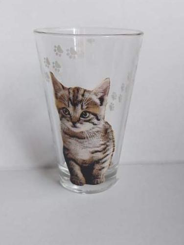 Cerve cicás üveg pohár, 31 cl, 1 db