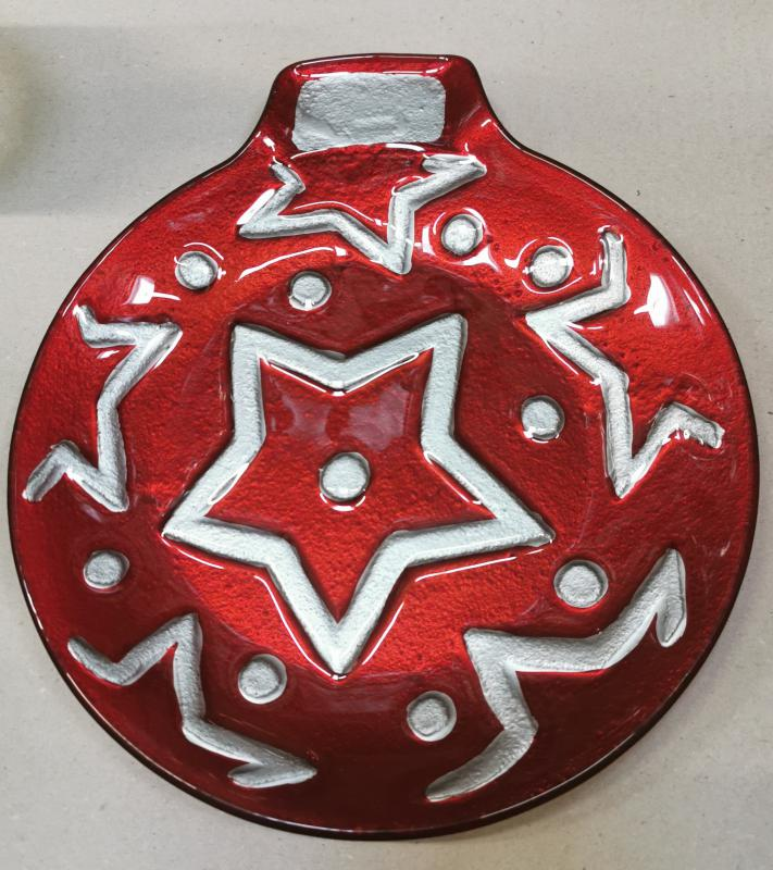 Cerve karácsonyi díszgömböt formázó üveg tál, ezüst, 26X23 cm, 165055