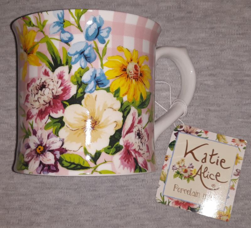 Creative Tops MG3673 Katie Alice Pink English Garden füles bögre, 350 ml,