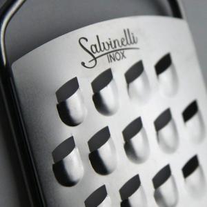 Salvinelli rozsdamentes kézi reszelő (nagylyukú), 13X7 cm, 430092