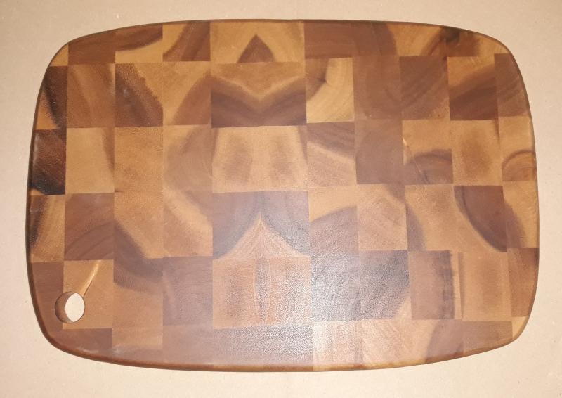 Fa vágódeszka, sötétbarna-kockás, 25,5X35,5X2 cm, 210084