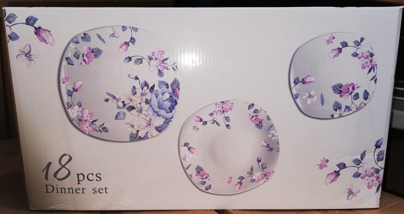Homefavour 18 részes szögletes porcelán étkészlet, virág mintás, 141001