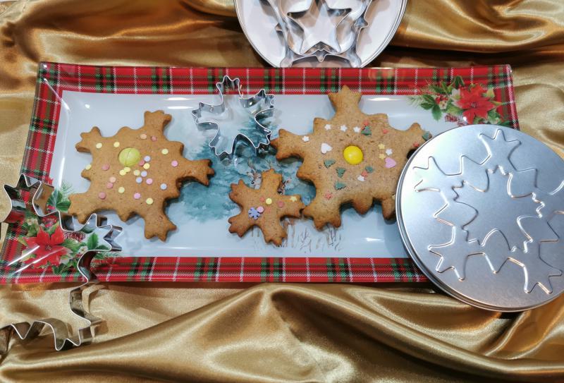 Karácsonyi kiszúró formák dobozban, 5 db, Ikarácsonyikiszúrókdobozban