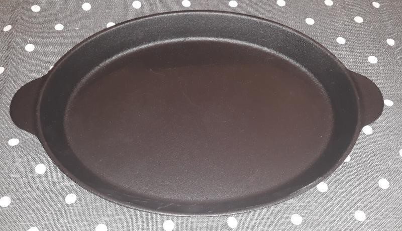 LAVA MINI öntöttvas ovál sütőtál, 18X24,5 cm, 290010