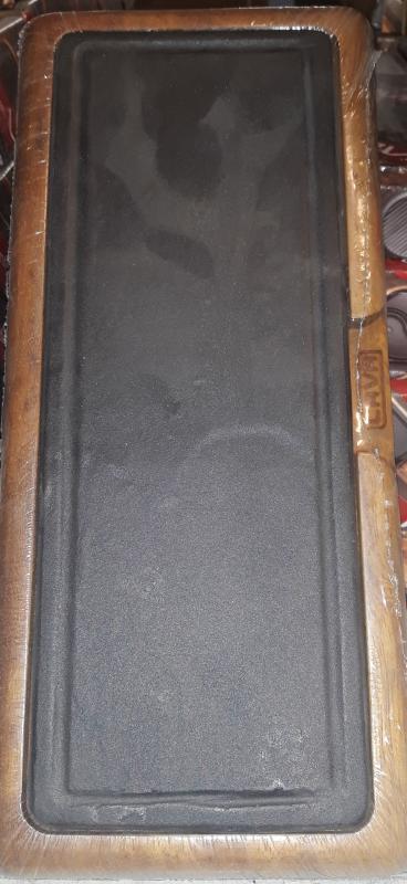LAVA öntöttvas sütőlap 11X30 cm+fa szervírozó deszka, 290071