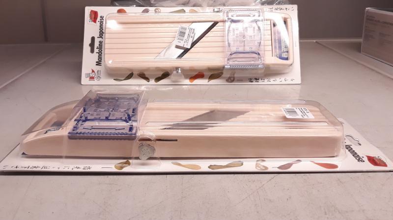 Paderno Japán zöldség szeletelő 11x31,5 cm, 49753-06