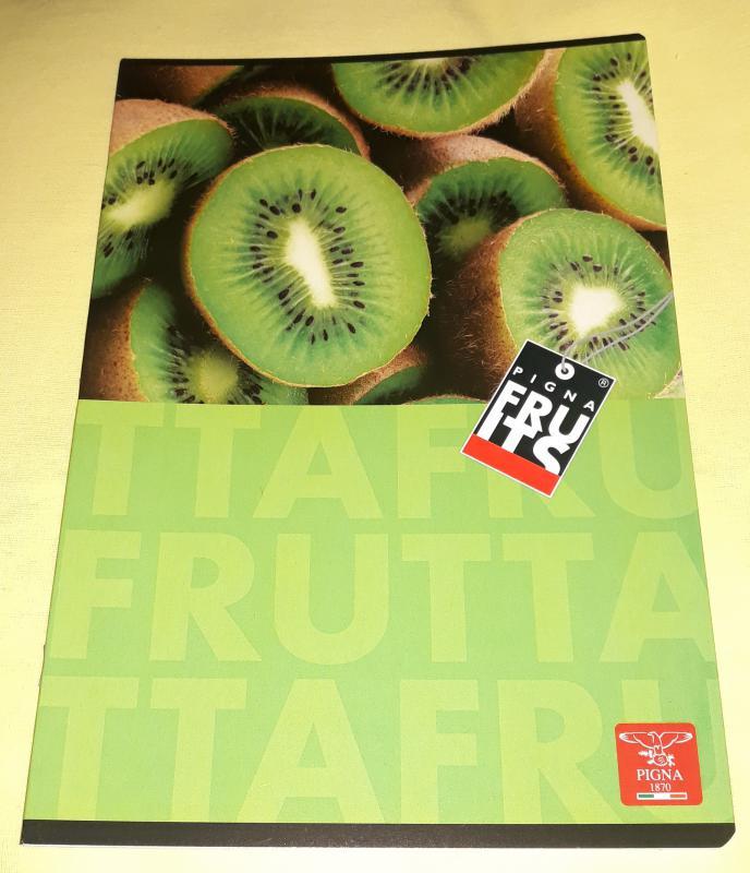 Pigna Fruits nagyalakú sima füzet, 32 lapos, kiwi mintás