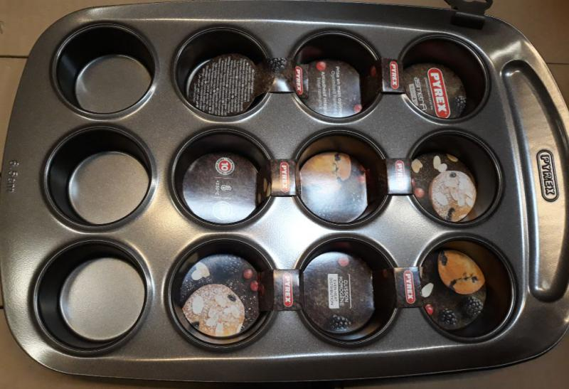 PYREX ASIMETRIA bevonatos muffin sütőforma, 12 lyukú, 203197