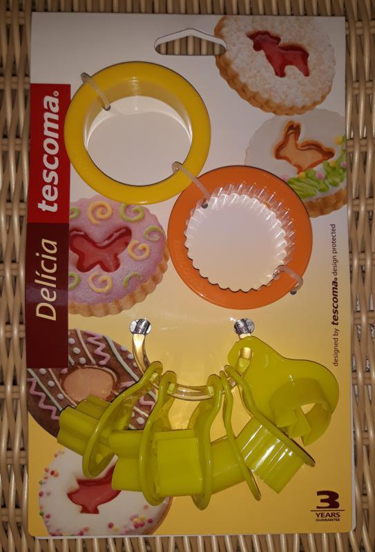 Tescoma Delícia húsvéti műanyag linzerkiszúró, 2+6 db, 630913