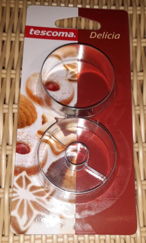 TESCOMA DELÍCIA linzerkiszúró 4,5 cm, 2 db (sima-lyukas), 631172