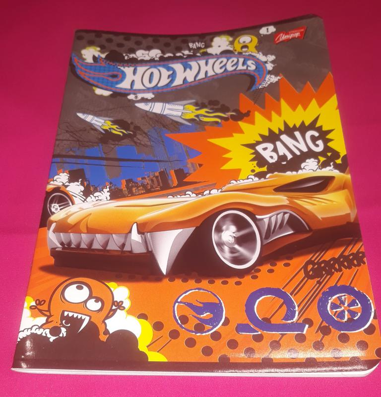 Unipap Hot Wheels kisalakú vonalas füzet, margós, 32 lapos