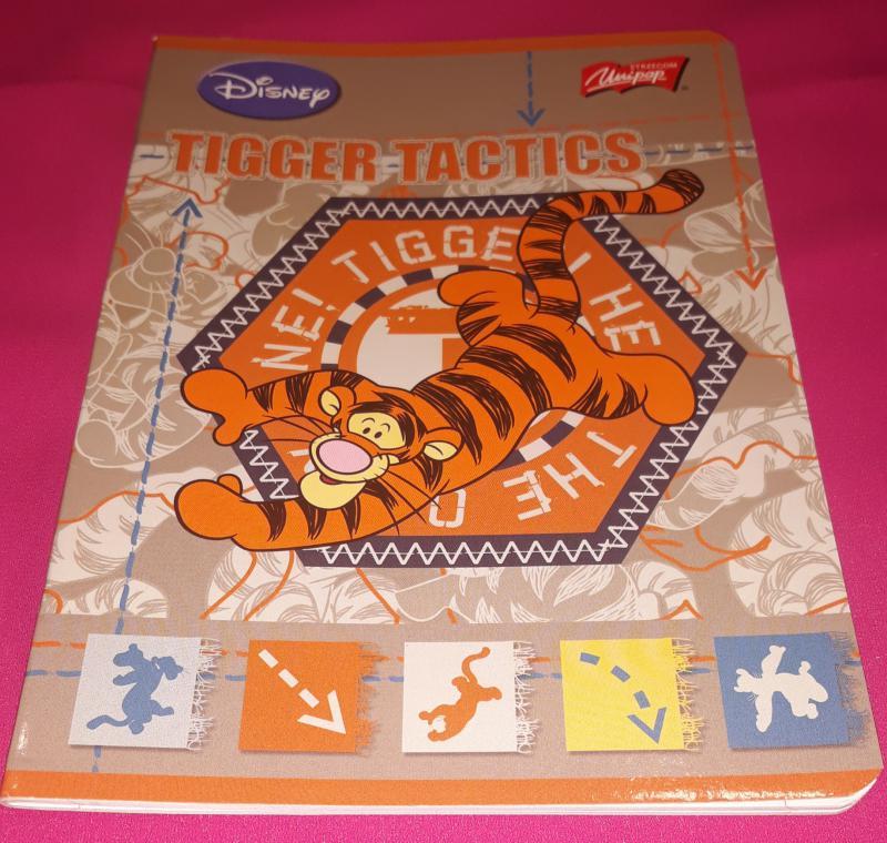 Unipap Tigger Tactics (Tigrises) kisalakú vonalas füzet margóval, 12-32, 32 lapos