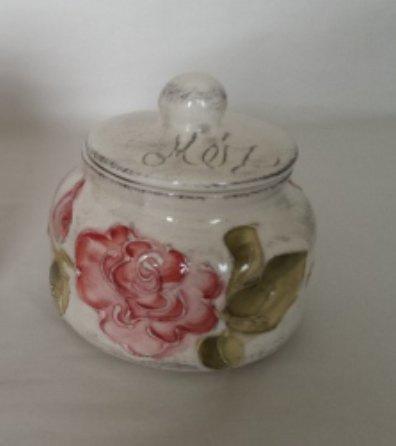 Vanilia Kerámia 30-30-01 domború mintás méztartó kicsi,csurgatóval,virágos bordó, V.K.30-30-01