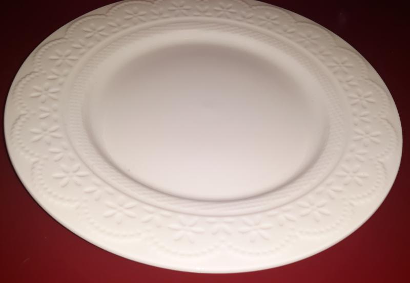 Veroni 15426 Finezja porcelán desszert tányér csipkeszegéllyel, 19 cm, 15426