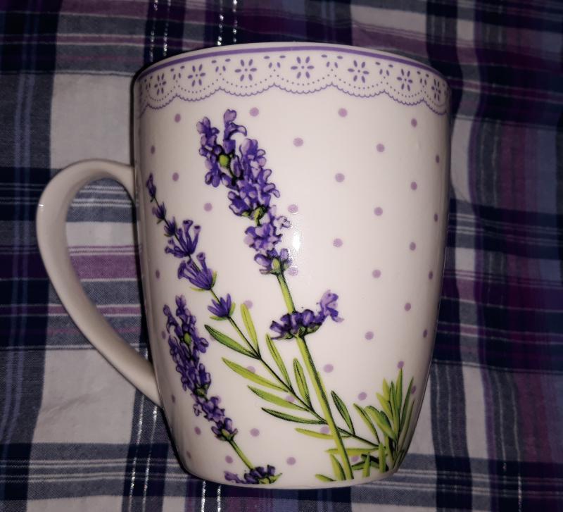 Veroni 15440 Lawenda porcelánbögre 340ml 1db,  V.B.15440
