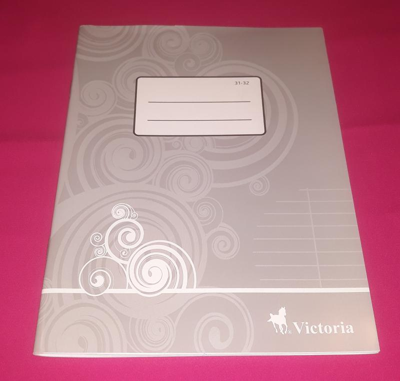 Victoria kisalakú szótár füzet, 31-32, 32 lapos