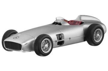 Modell autó