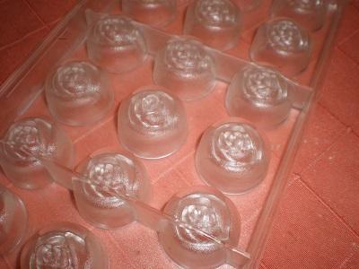 Polikarbonát bonbon forma  - rózsa forma (öntvényhibás)