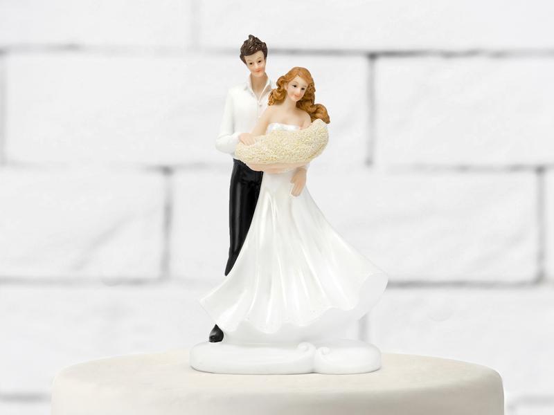 esküvői tortadísz – kisbaba