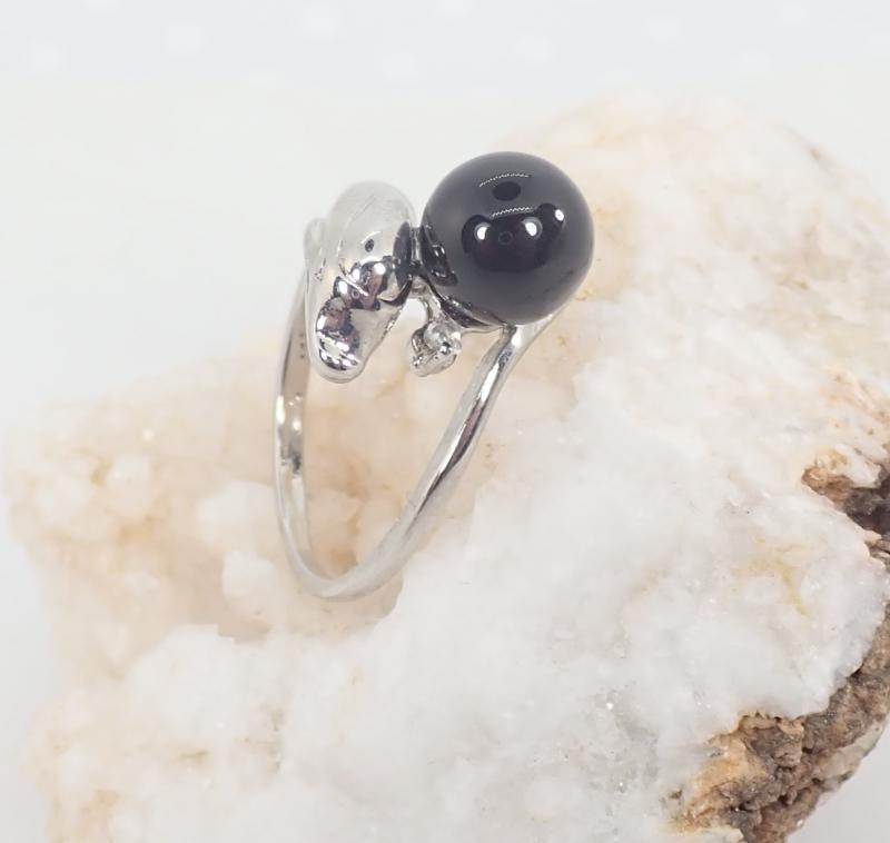 Ásvány gyűrű, delfines, ónix