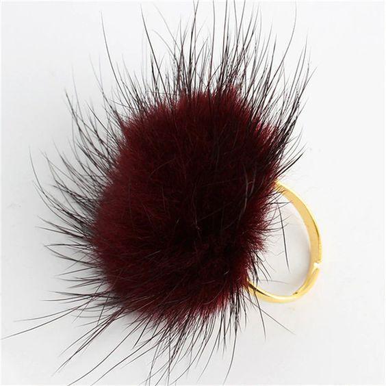 Bordó, bolyhos gyűrű
