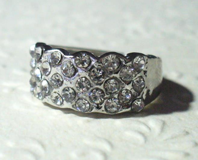 Csillogó 5 soros gyűrű 2