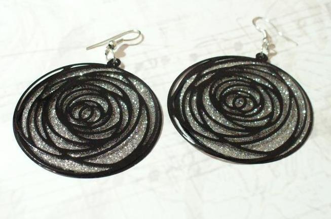 Fekete-ezüst fülbevaló 1