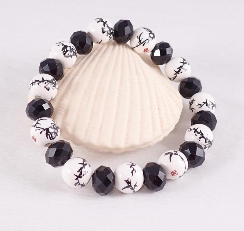 Fekete-fehér porcelános karkötő