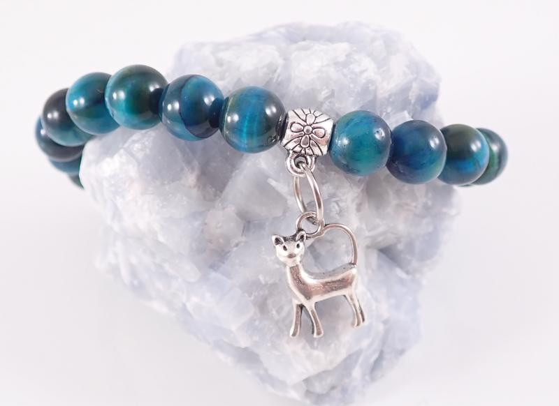 Kék tigrisszem hatású cicás karkötő