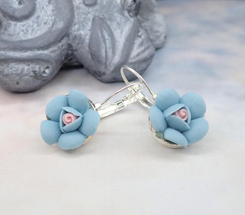 Kicsi virág fülbevaló, kék 2