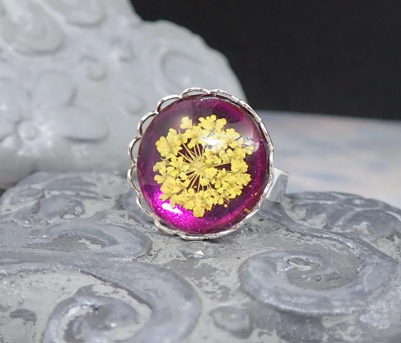 Lila-sárga virágos gyűrű
