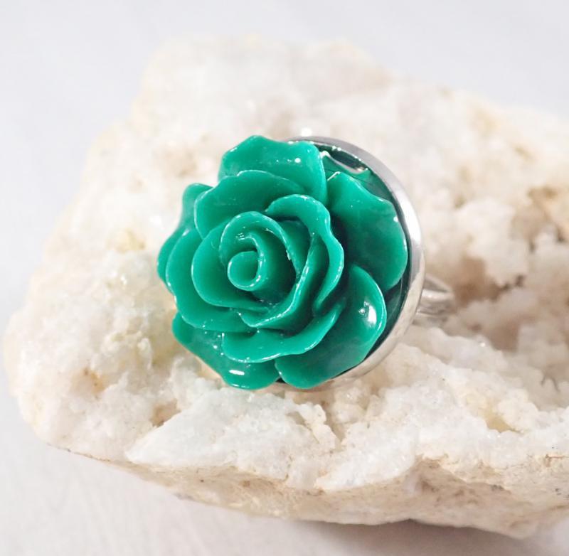 Sötétzöld rózsa gyűrű