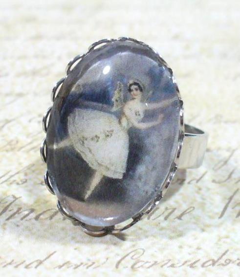 Táncosnő gyűrű