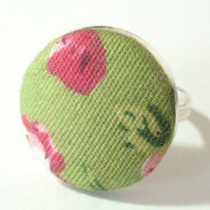 Textilgombos gyűrű, zöld