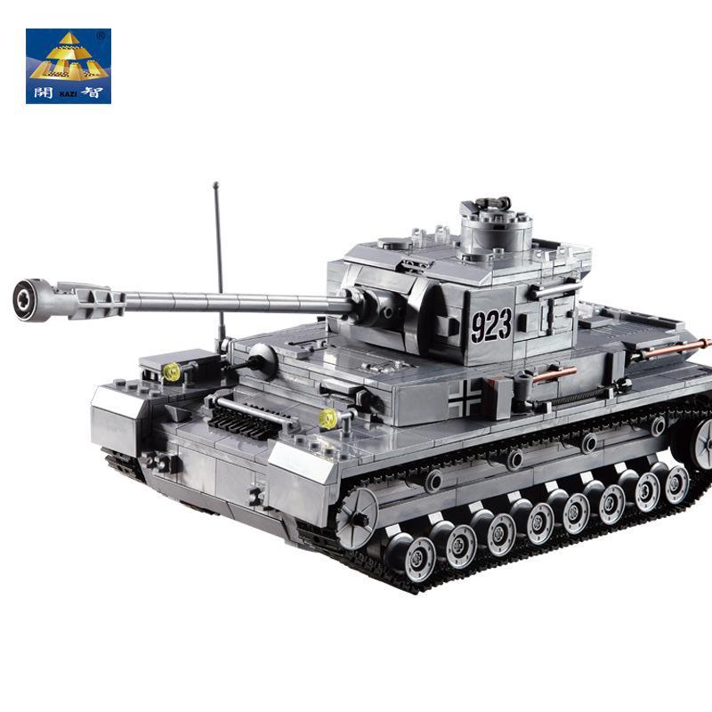 Panzer IV. 1193 darabos műanyag építőjáték