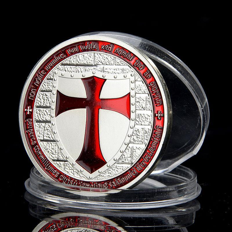 Templomos lovagok emlékére kiadott ezüstözött érme