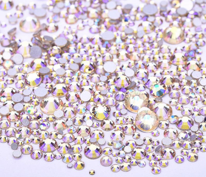 Vegyes méretű kristálykő 720 db 3. Aqua Crystal Ab