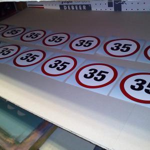 Maximális sebesség matrica 35 Km