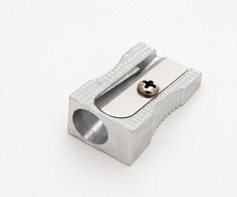 Hegyező 1 lyukú fém EAGLE TY626
