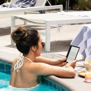 Kindle Oasis 3 generáció 32GB Ebook olvasó