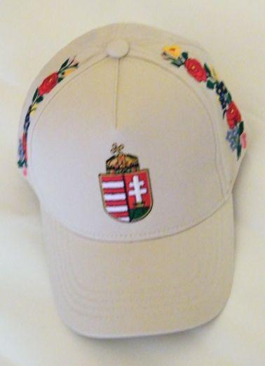 Kalocsai hímzett baseball sapka (bézs színű) b2b5fd8685