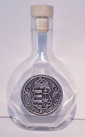 Kossuth címeres óncímkés palack