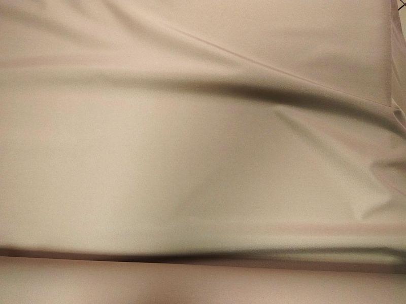 Napernyővászon drapp színű 160 cm széles