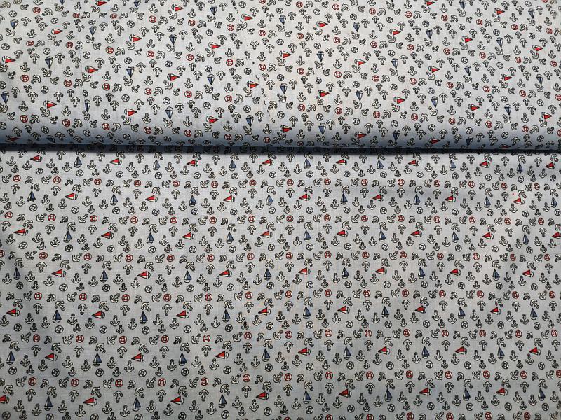 Pamut vászon piros alapon szívek 140 cm széles