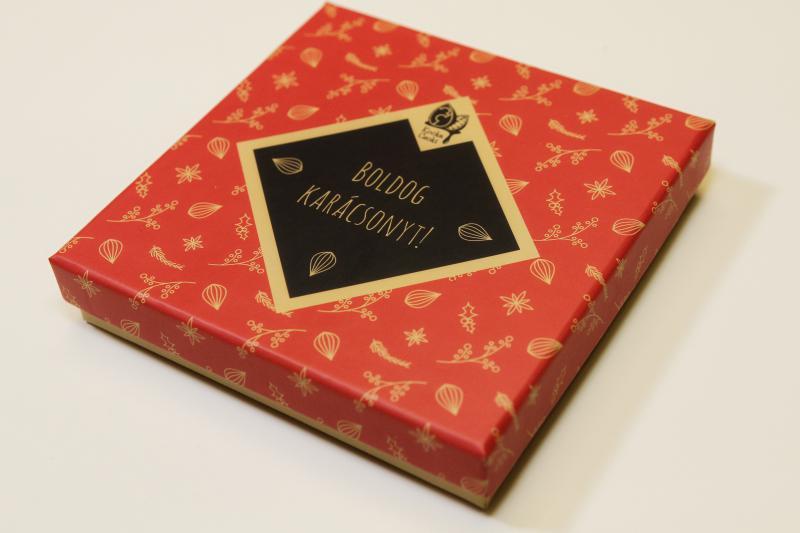18 db-os kézműves csokoládé válogatás karácsonyi dobozban