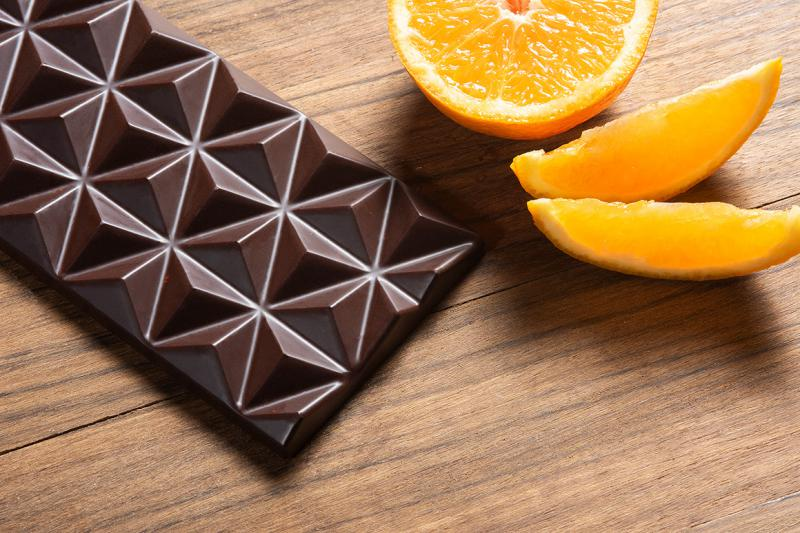 80%-os étcsokoládé naranccsal
