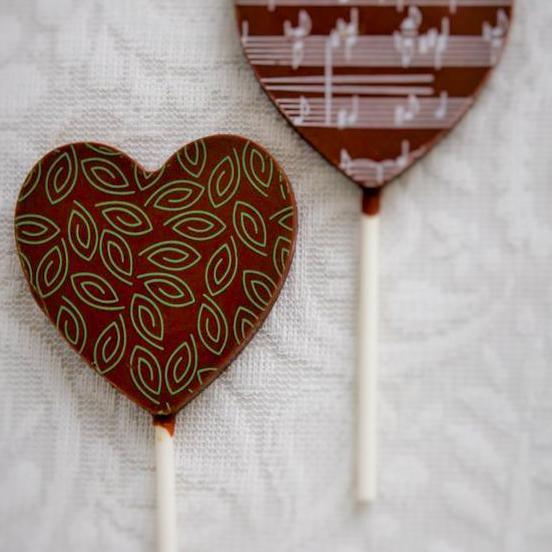 Pálcikás tejcsokoládé - szív alakú