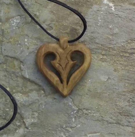 Szív alakú medál 3