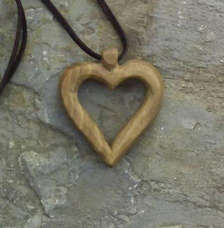 Szív alakú medál 4